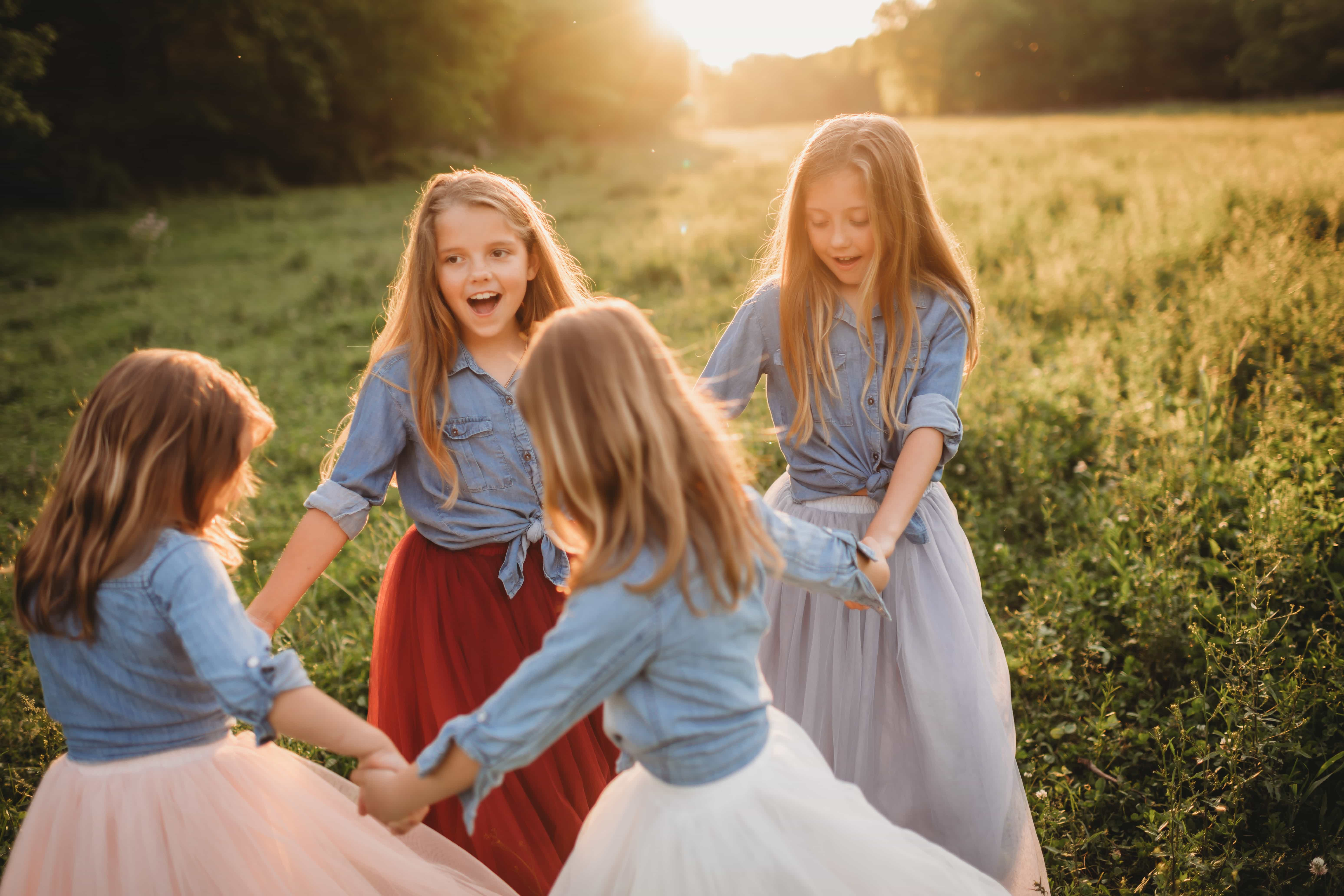 Children Photography, four little girls holding hands together