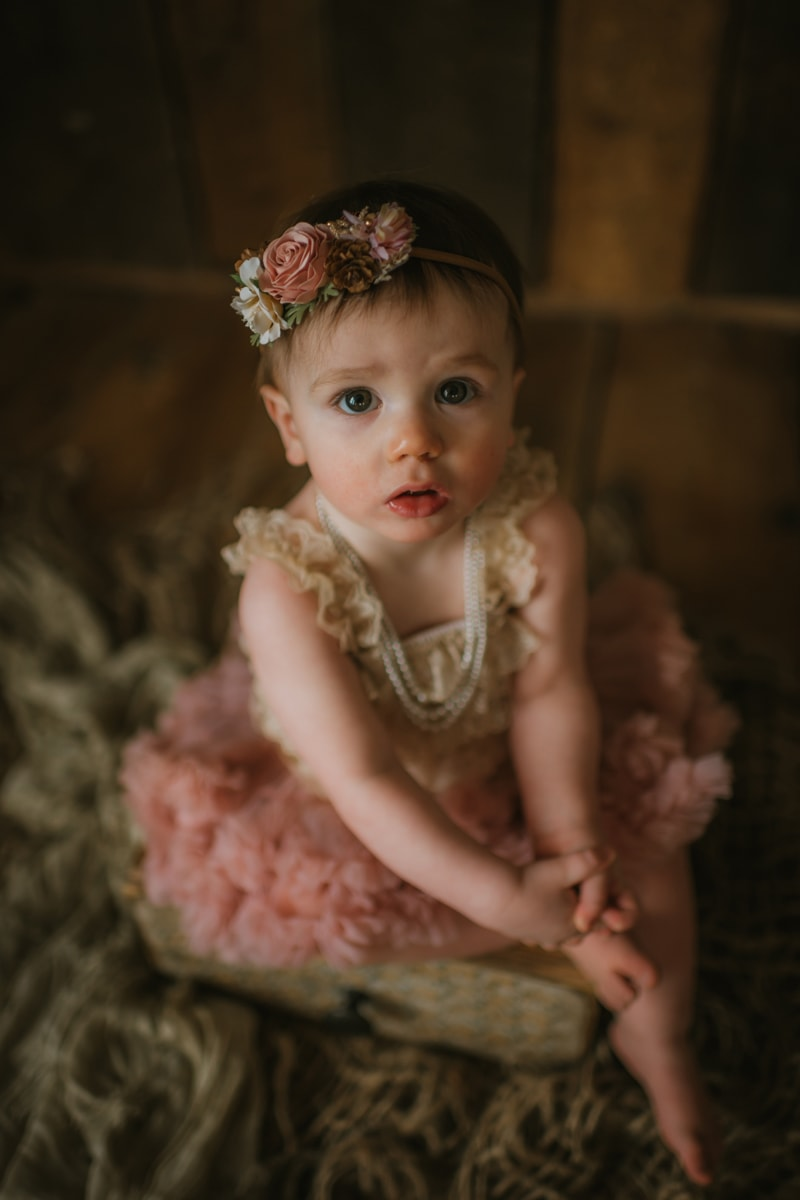 Children Photography, little girl in pink frilly dress